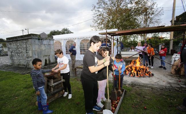 Lledías celebra su amagüestu