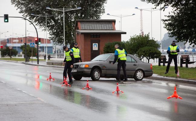 Pierde el control de su turismo en la avenida Conde de Guadalhorce