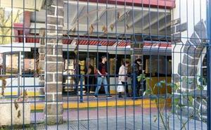 El alcalde de Mieres exige una solución a Ábalos ante el «caos» de Feve
