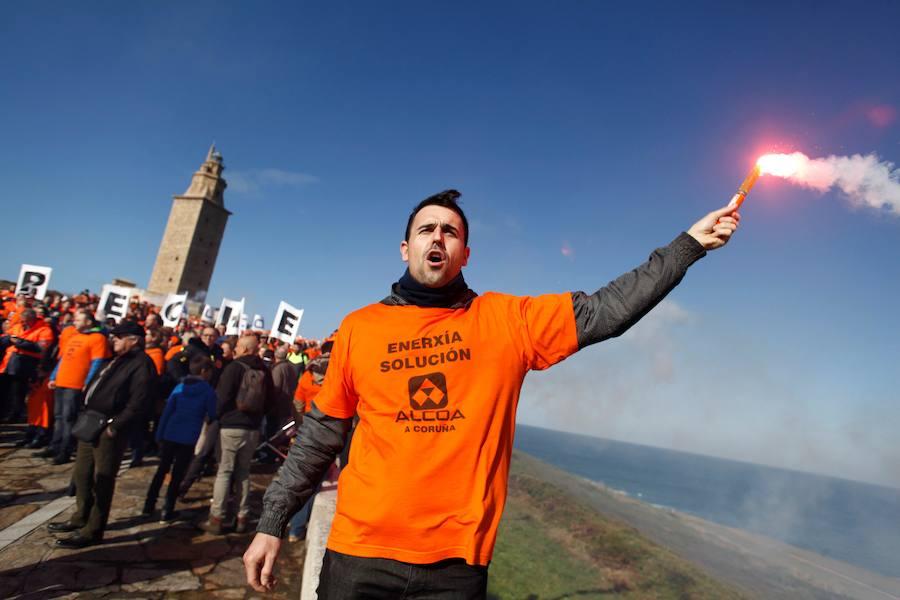 El comité de Alcoa en La Coruña quiere que el compromiso de la empresa a negociar sea «por escrito»