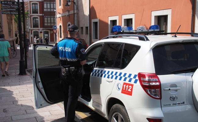 El TSJA desbloquea la convocatoria de seis plazas de Policía Local de Llanes