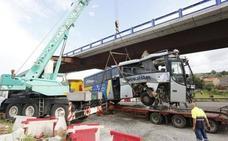 Un ataque epiléptico del conductor, posible causa del accidente de autobús en Avilés