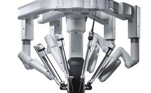 El Centro Médico espera operar con el robot Da Vinci antes de abril