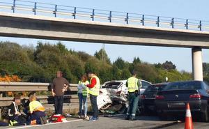 Una persona herida leve en un accidente entre cuatro vehículos en Corvera
