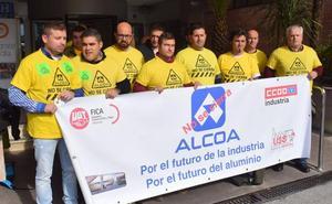 Alcoa planta al Gobierno de España