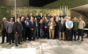 Toni Fidalgo organiza un homenaje a Villar en Avilés