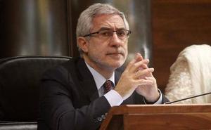 Llamazares muestra su preocupación por los presupuestos y su ejecución