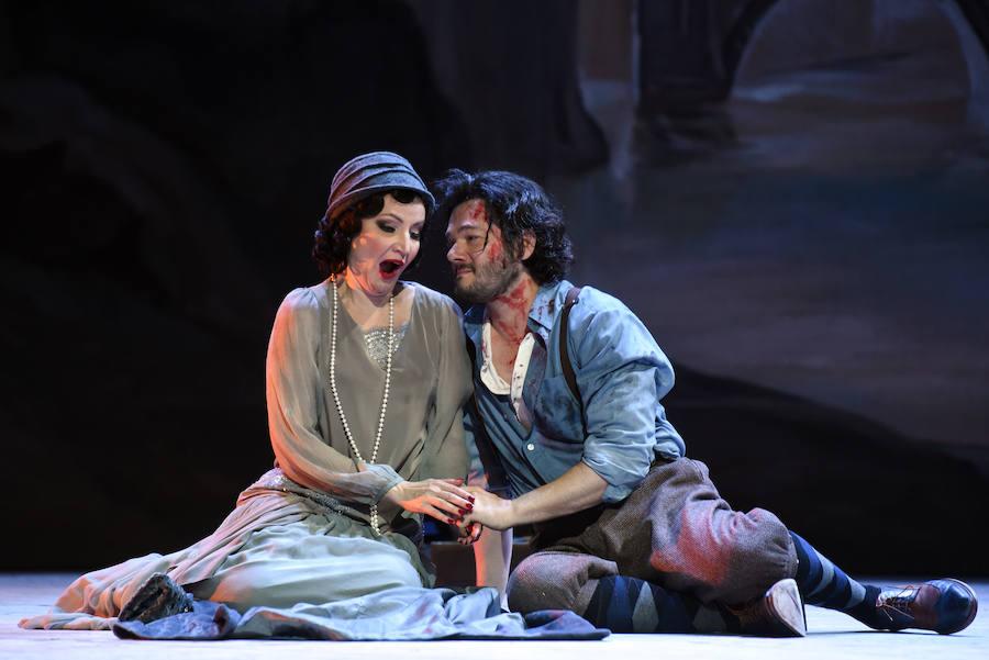 Las imágenes del estreno de 'Tosca' en Oviedo