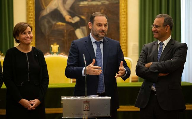 Ábalos firmará el convenio del plan de vías de Gijón ante la reivindicación social