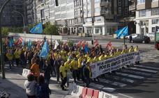 Los comités de Alcoa en Avilés y La Coruña discrepan por la negociación del ERE