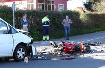 Fallece un motorista tras ser arrollado por una furgoneta en Oviedo