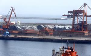 El Musel perderá 6,7 millones de toneladas en tráficos si se adelanta el cierre de las térmicas