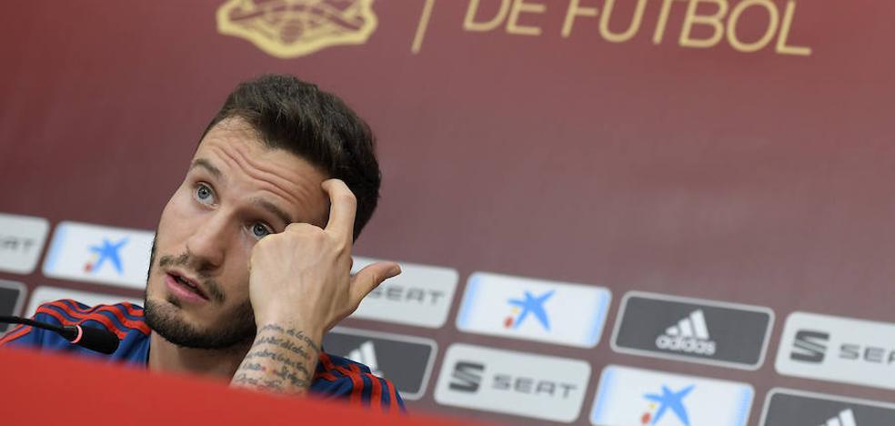 Saúl: «Si comparamos a esta selección con la de Xavi e Iniesta saldremos perdiendo»