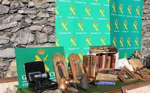 Detenidos dos hermanos gijoneses por robar antigüedades en toda Asturias