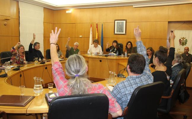 El PSOE logra el apoyo de Somos para la compra del teatro Prendes de Candás