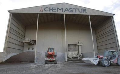 Chemastur despide a sus ocho empleados de mantenimiento