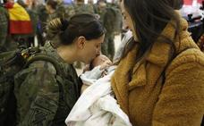 Despedidas cargadas de emoción a los militares que ponen rumbo al Líbano