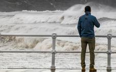 Vientos de hasta 95 kilómetros por hora ponen a Asturias en alerta