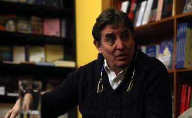 «Es una riqueza poder convivir entre el español y el asturiano»