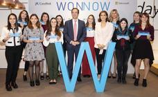 Caixabank premia a las once mejores alumnas de carreras técnicas