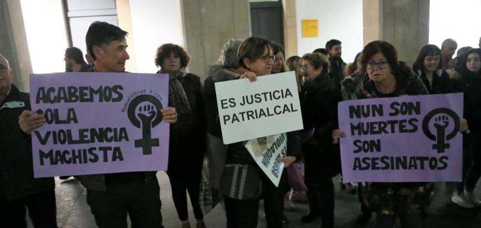 «¡Mientras sea patriarcal no es justicia!», claman las mujeres de Siero