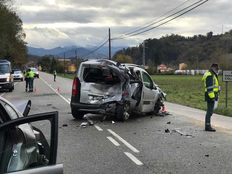 Varios heridos en un accidente múltiple en Piloña