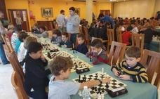 Cerca de 200 jóvenes participan en el Escolar gijonés