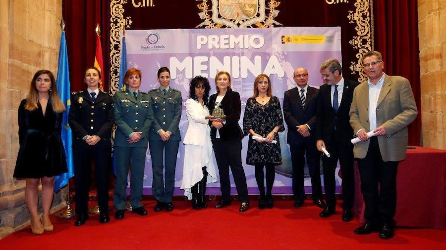 La cantante Cristina del Valle, Premio Menina por su lucha contra la violencia machista
