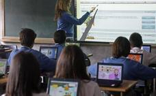 Los profesores de la enseñanza concertada piden igualar sus salarios a los de los docentes públicos