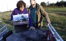 Recuperan una huella de dinosaurio de 400 kilos en Tazones