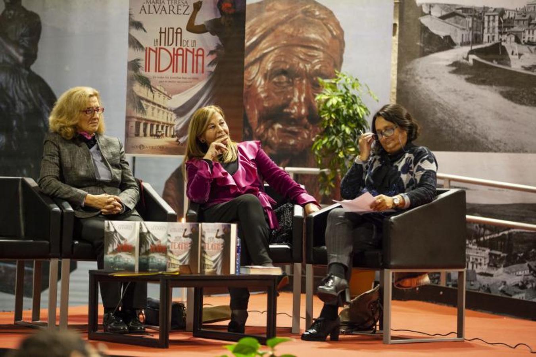 María Teresa Álvarez presenta su nueva novela en Candás