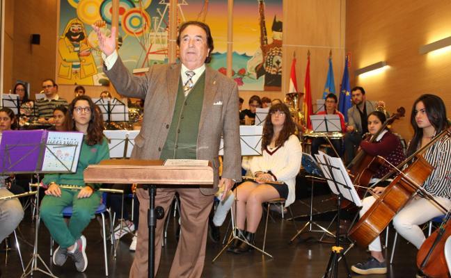 «La música beneficia al resto de alumnos en otras asignaturas»