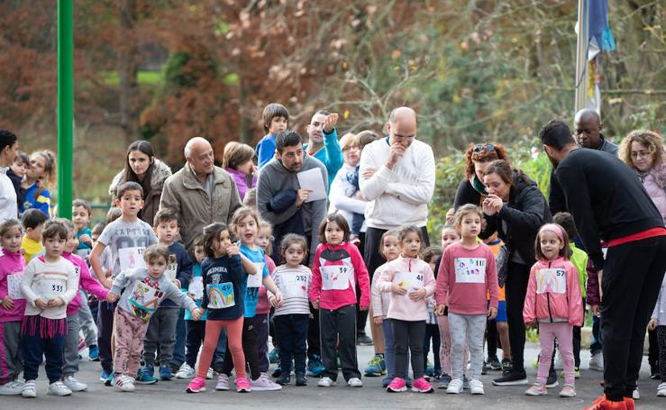 Carrera solidaria en el colegio Enrique Alonso