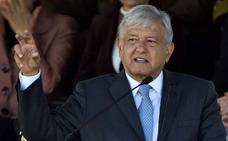 El presidente de México inaugura su mandato con protestas en la calle