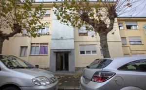 Cinco detenidos en una batalla campal entre la policía y una familia en La Carriona