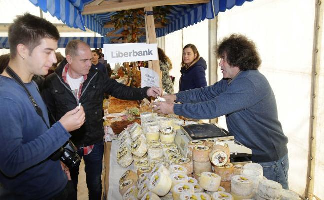 Beleño agota 300 kilos de queso