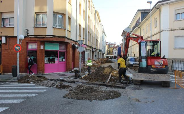 Gozón reurbanizará la calle Oviedo para reactivar el comercio