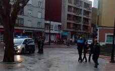Tres personas detenidas tras intentar robar un banco en Pola de Lena
