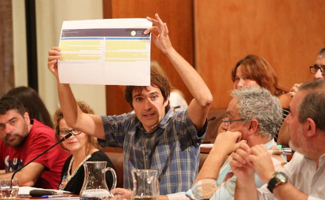 IU y Somos Avilés vuelven a pedir una renta social y remunicipalizar servicios