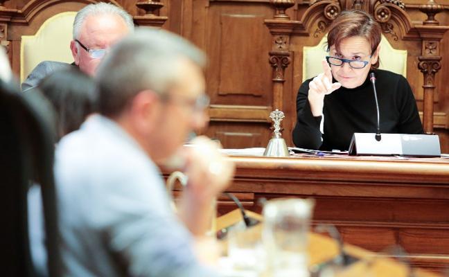 «Quien crea que Gijón debe retroceder ocho años, que lo diga mirando a la gente a la cara»