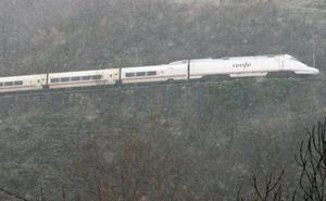 Renfe devuelve el importe de un billete Madrid-Gijón a un usuario por viajar sin aire acondicionado