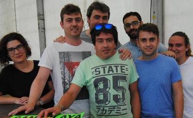 Los restos mortales del cooperante Félix Llaneza llegarán mañana a Madrid