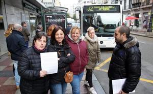 La primera jornada de huelga de TUA se salda con largas esperas y sin incidentes