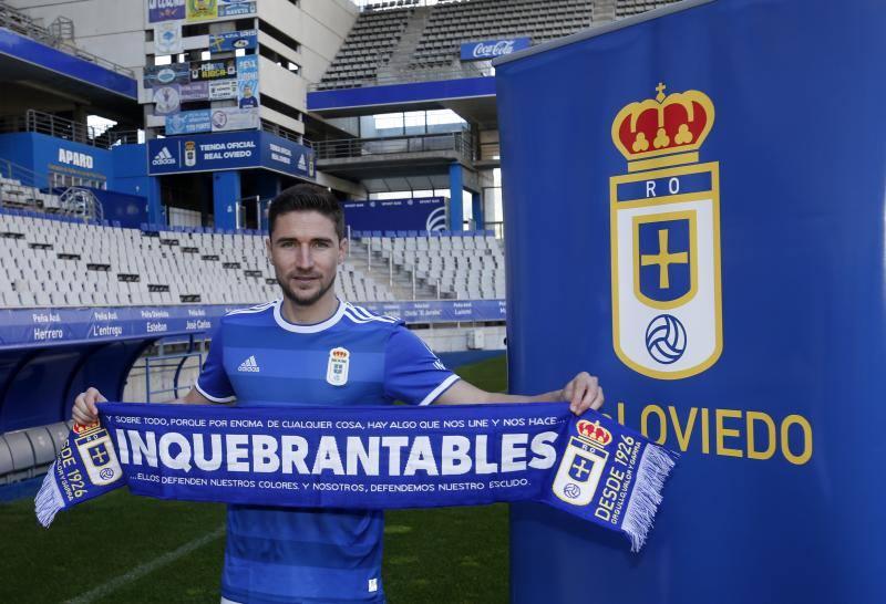 Omar Ramos aterriza en el Real Oviedo