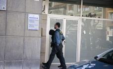 Quedan en libertad los tres detenidos por intentar robar en un banco en Lena