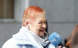 Una ovetense de 75 años reclama investigar si es hija de la Duquesa de Alba