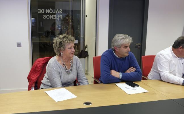 Santos Gerardo Castro y Mercedes Joglar, nuevos concejales de Colunga