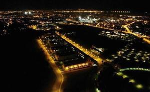 La fascinante imagen nocturna del campus universitario de Gijón