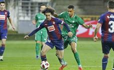 El Sporting empata ante el Eibar y se clasifica para octavos en la Copa (2-2)
