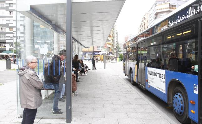 Los avilesinos menores de doce años viajarán gratis en autobús el próximo año